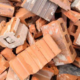 Waarom puin afvoeren het woningtekort kan oplossen